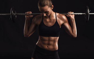 Musculação feminina: a prática e suas reações corporais