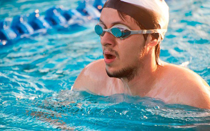 73afb92bf A natação é uma atividade física praticada na água que pode trazer diversos  benefícios para o ser humano. Isso pois a mesma é um esporte que permite ...