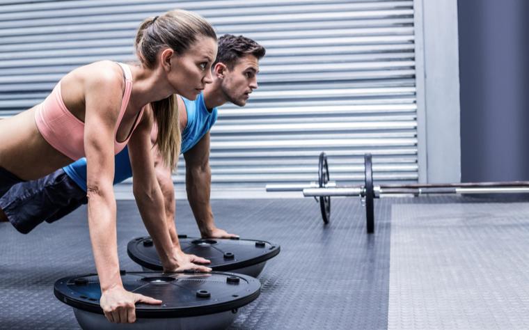 Exercícios funcionais: 7 exemplos para suas aulas