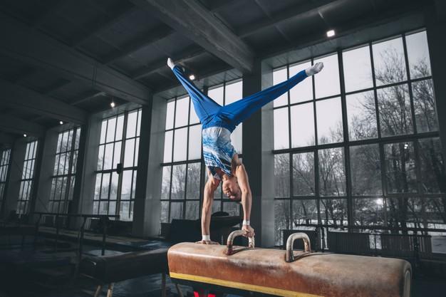 ginástica-artística-exercício-cavalo