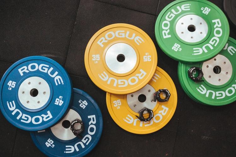 material-levantamento-de-peso-olímpico